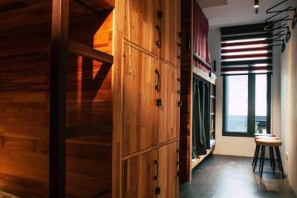 חדר מעונות משותף מפואר, נשים בלבד, ללא עישון - חדר אורחים
