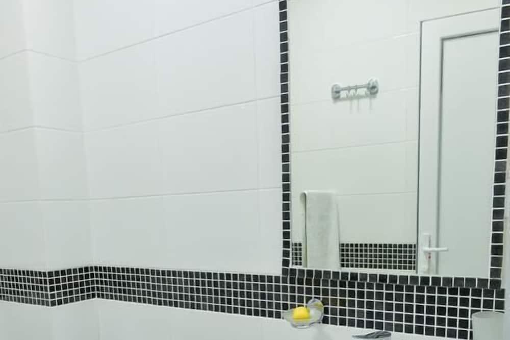 Phòng đôi, Phòng tắm riêng - Phòng tắm