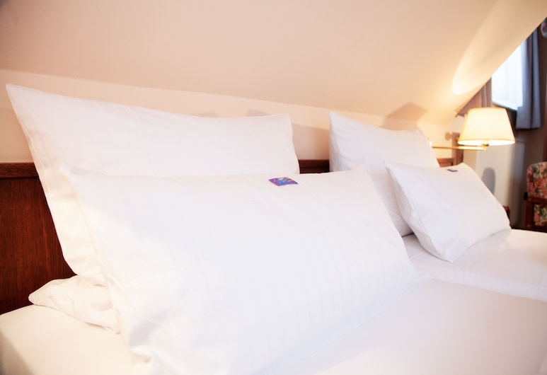 Hotel Lonac, Duisburg, Double or Twin Room, Guest Room