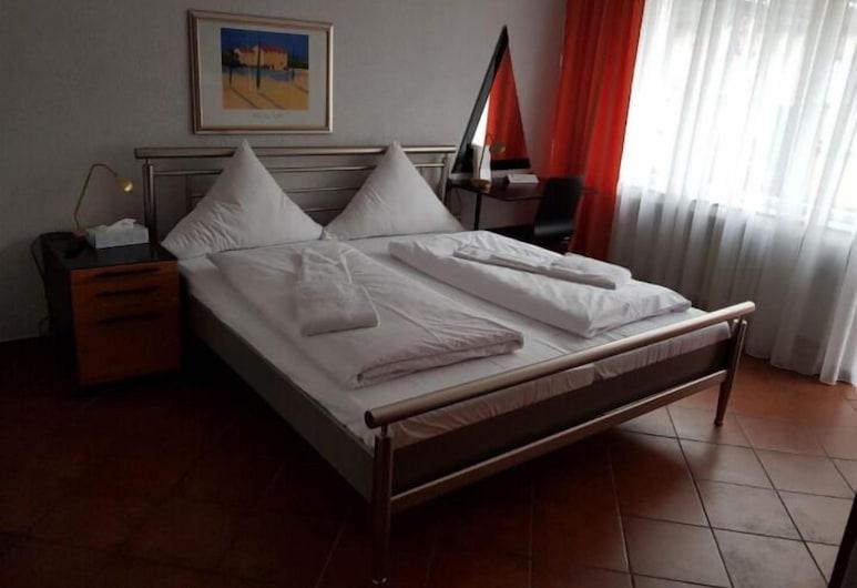 Hotel Frohnhauser Hof , Essen, Basic Double or Twin Room, Guest Room