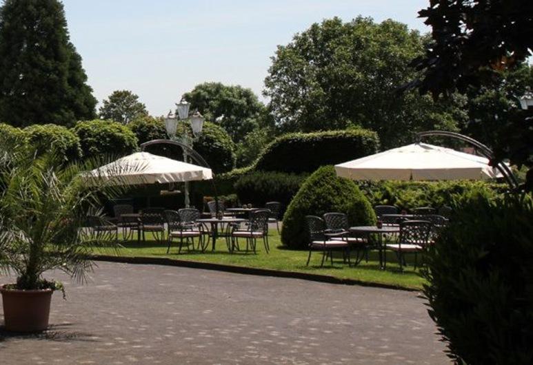 Hotel und Restaurant Steverburg, Nottuln, Property Grounds