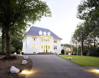 Mynd af Hotel Villa Rissen  í Hamborg