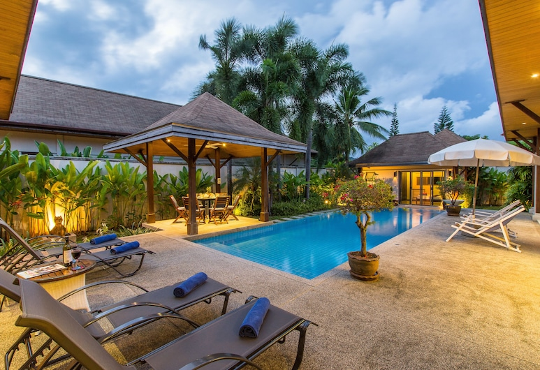 Villa Dinadi, Rawai, Pool