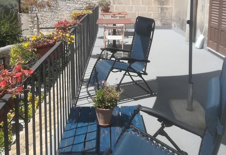 Residenza Donnafugata B&B, Ragusa, Suite junior, terraza, Terraza o patio