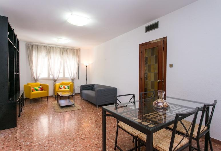 Spacious & Quiet 4 Bedroom Apartment, Barcelona, Lägenhet - 4 sovrum, Vardagsrum