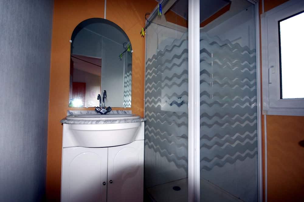 Mobile home - 2 soveværelser - Badeværelse