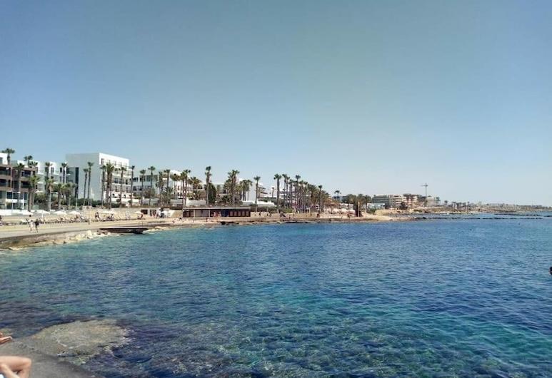Paphos Inn Hostel, Paphos, Beach
