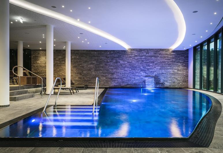 AMERON Neuschwanstein Alpsee Resort&Spa, Швангау, Критий басейн
