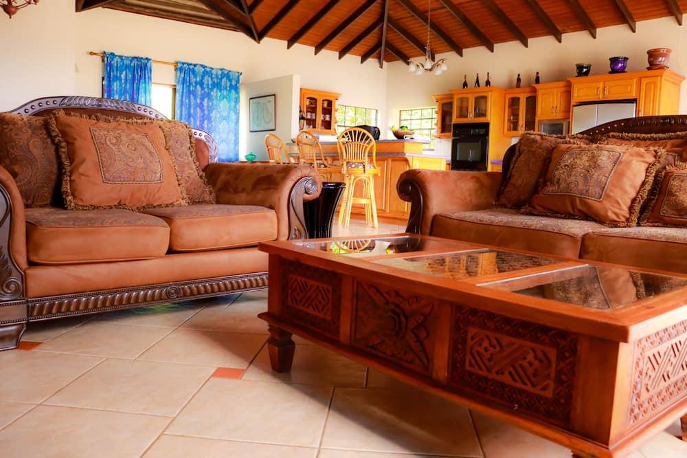 Family Villa, Multiple Beds, Non Smoking, Ocean View - Living Area