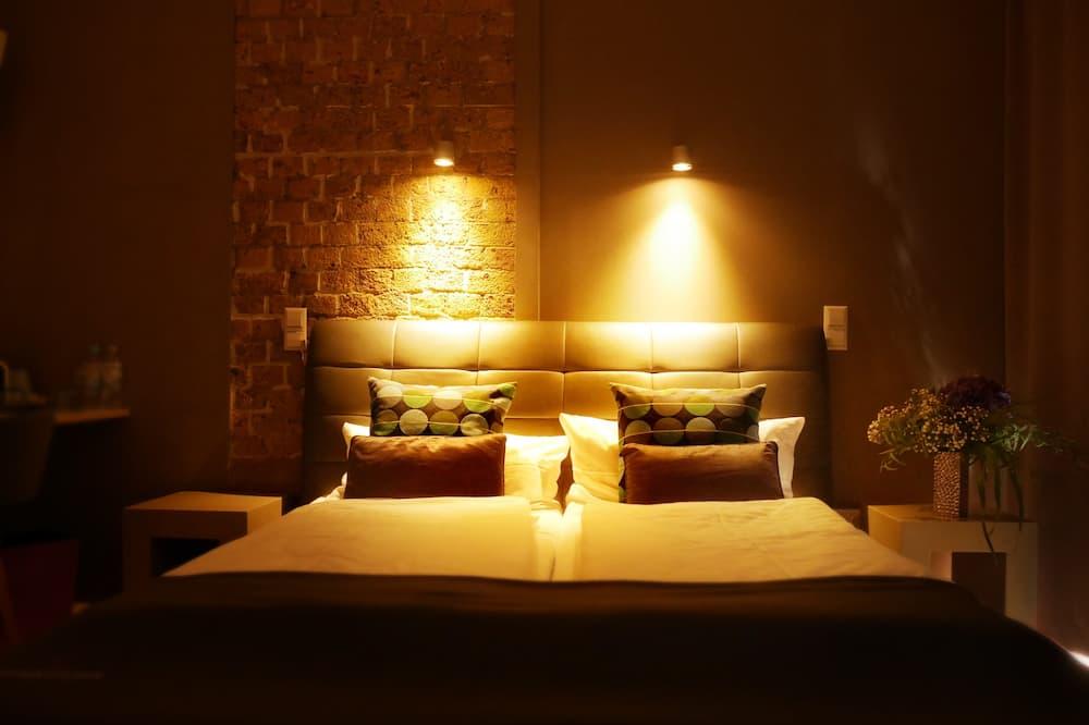 Standard Double Room, Ensuite, Garden View - Hotel Interior
