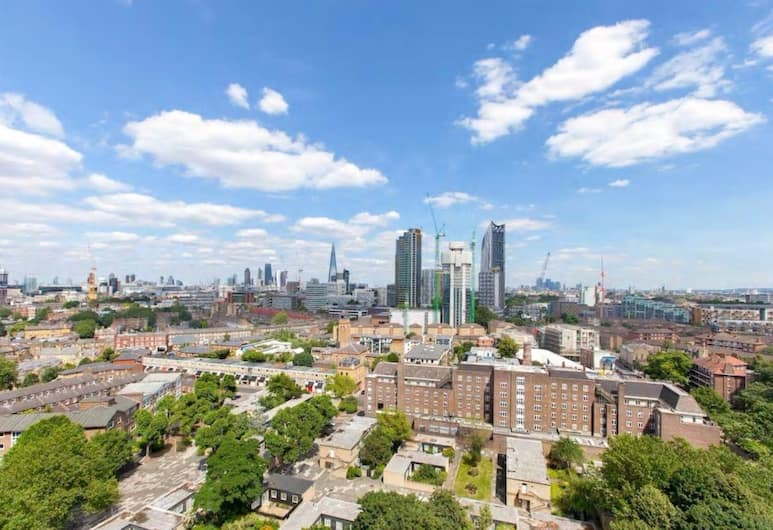 Central 2 Bedroom Apartment With Amazing Views, London, Aerial View