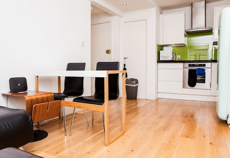 1 Bedroom Apartment Close to Paddington, London, Wohnbereich