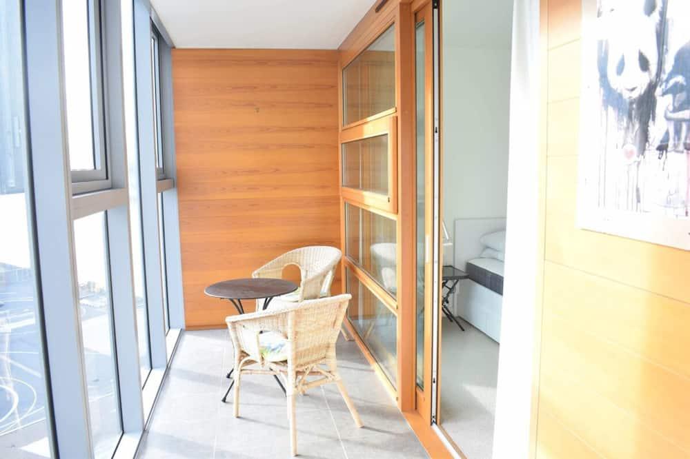 อพาร์ทเมนท์ (1 Bedroom) - ระเบียง