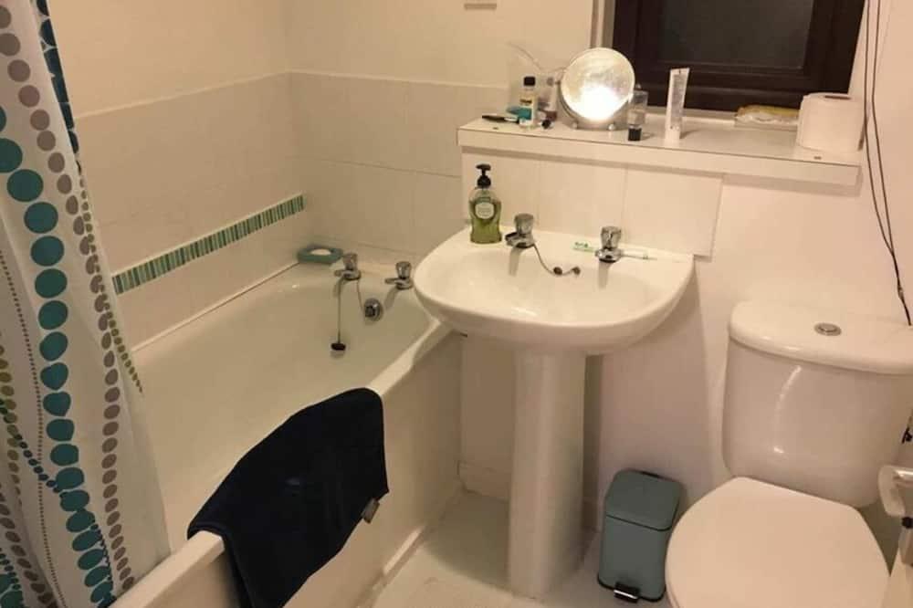 Studija (0 Bedroom) - Vonios kambarys
