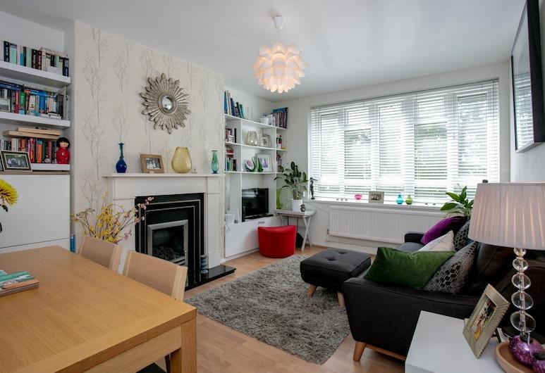 Close To Highbury And Islington 1 Bedroom Flat, Лондон