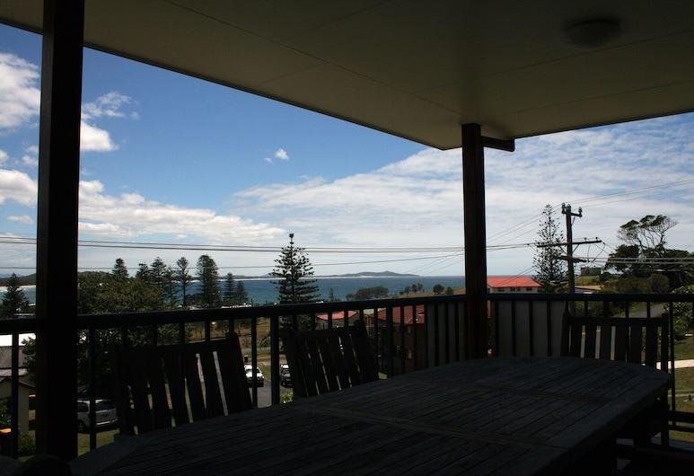 A Willo's View @ Crescent Head, Crescent Head, House, 4 Bedrooms, Balcony