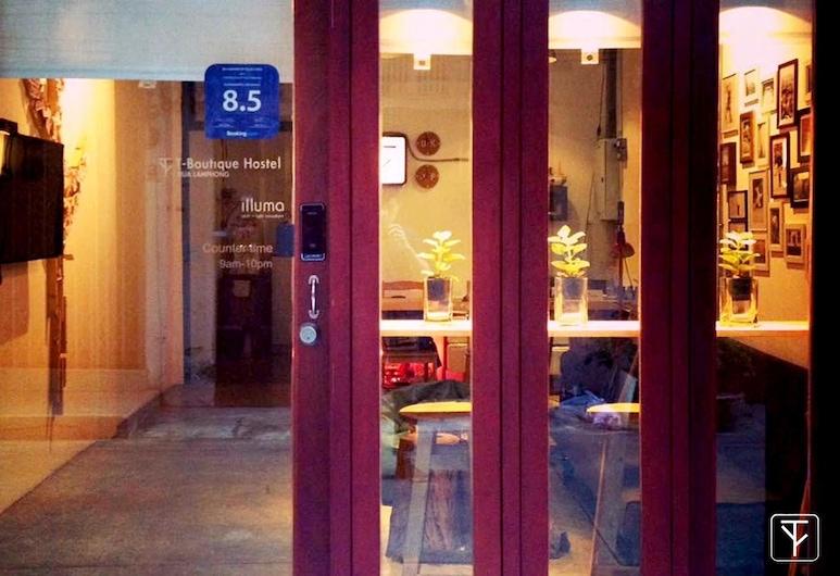 T-Boutique Hostel - Hua Lamphong, Bankokas, Įėjimas į viešbutį