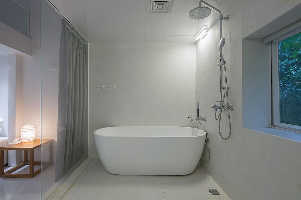 Gác - Phòng tắm
