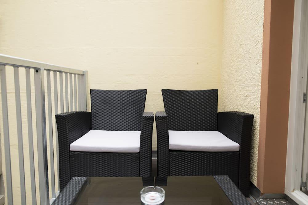 Апартаменты (Maisonette) - Балкон