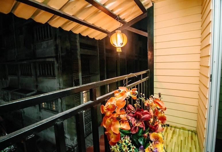 バーンバンコク チャイナタウン, バンコク, 6-Bed Family Room, バルコニー