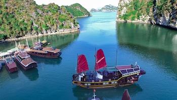 Foto Sunlight Cruise di Hai Phong