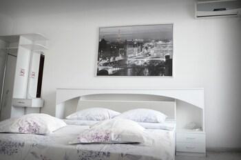 Foto Hotel California di Biysk
