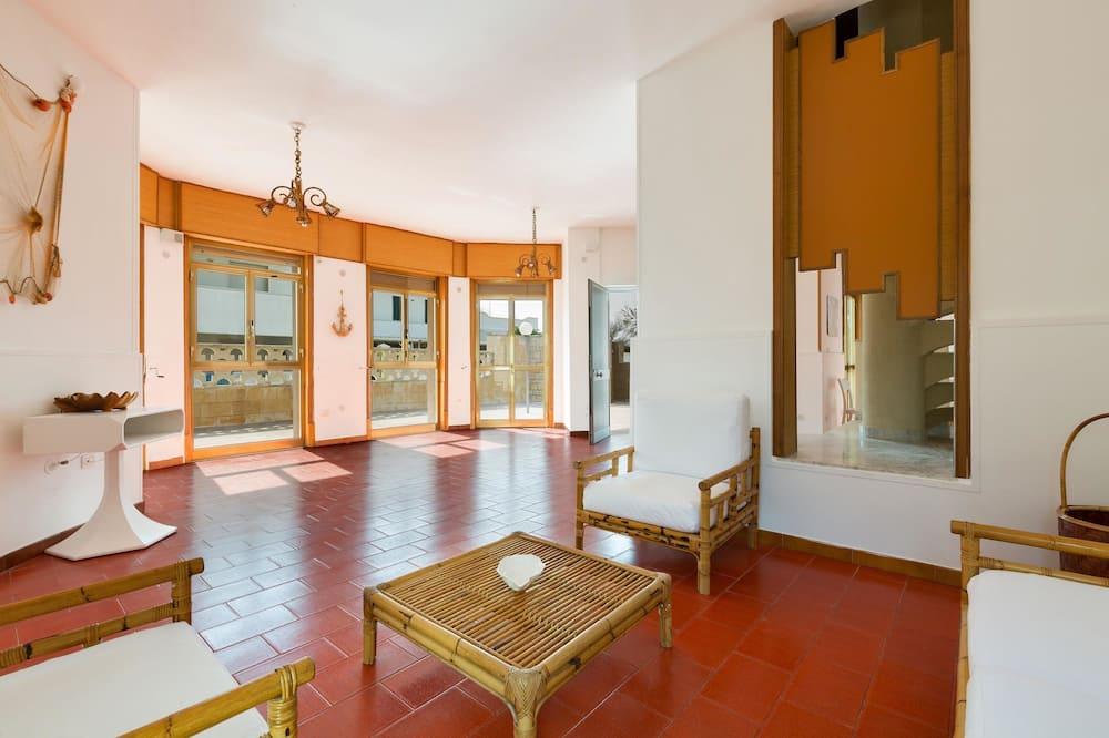 Casa estándar, 3 habitaciones - Zona de estar
