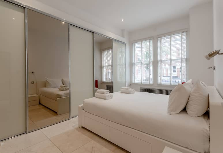 Bright 1 Bedroom Flat in Battersea, London, Kamar