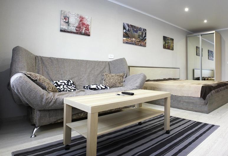 Dobrye Sutki Apartment on Krasnoarmeyska, Biysk, Apartemen Mewah, 1 Tempat Tidur Queen dengan tempat tidur Sofa, non-smoking, pemandangan kota, Kamar