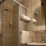 Tek Kişilik Oda, 1 Tek Kişilik Yatak, Sigara İçilmez - Banyo