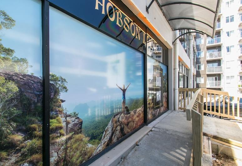 Hobson Lodge - Hostel, Auckland, Hotel Entrance