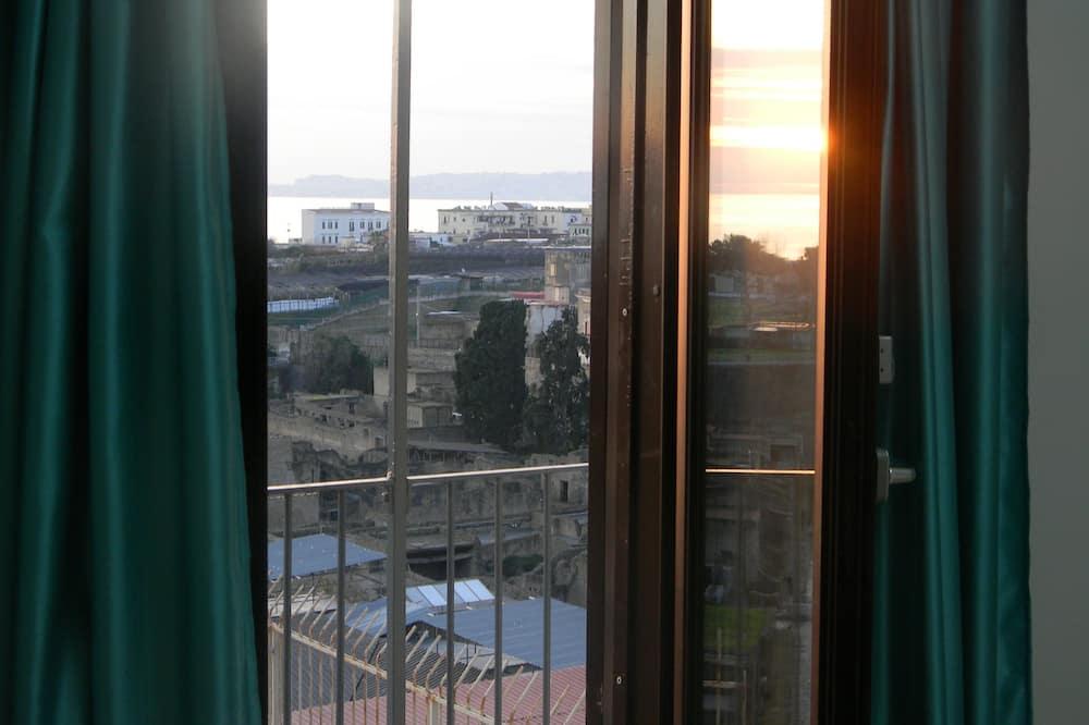 Чотиримісний номер - Вид з балкона