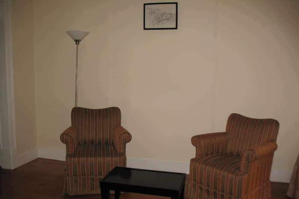 Apartmán, 5 ložnic - Obývací pokoj