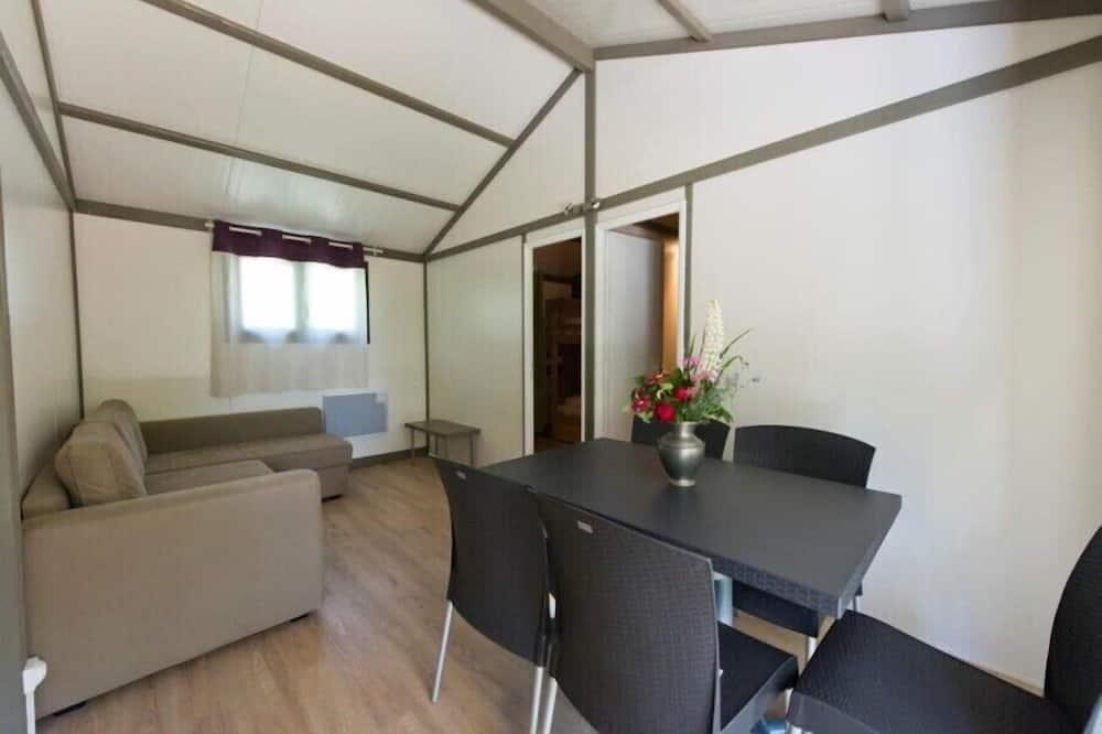 Chata, 2 spálne (Sekoya) - Obývacie priestory