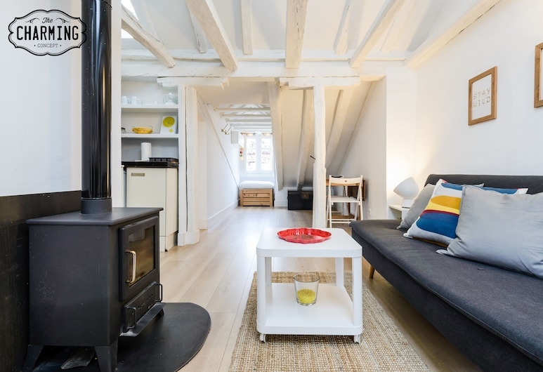 Charming Center Penthouse, Madrid