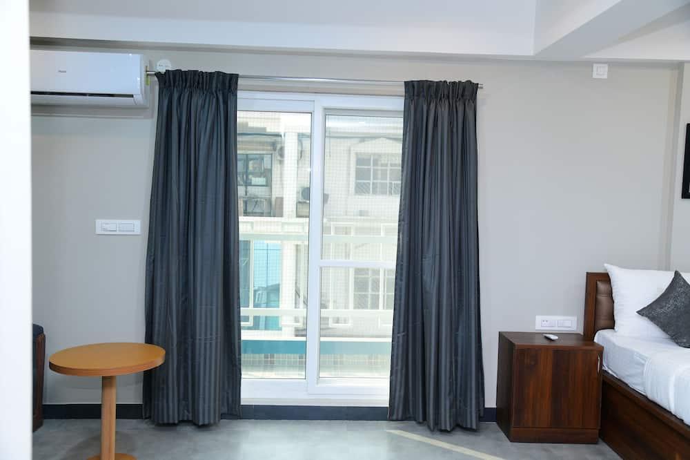 Classic Studio Suite, 1 Bedroom, Non Smoking - Guest Room