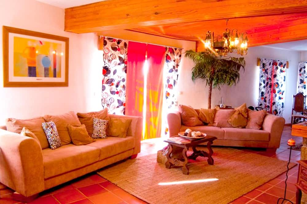 House With 5 Bedrooms in Bendada, Sabugal, With Wonderful Mountain View and Enclosed Garden