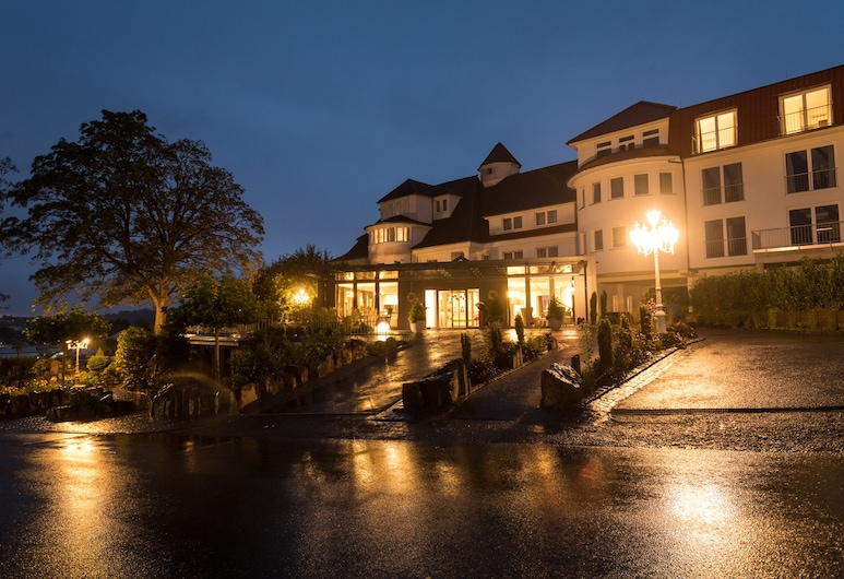 Hotel Heinz, Hoehr-Grenzhausen, Hadapan Hotel - Petang/Malam