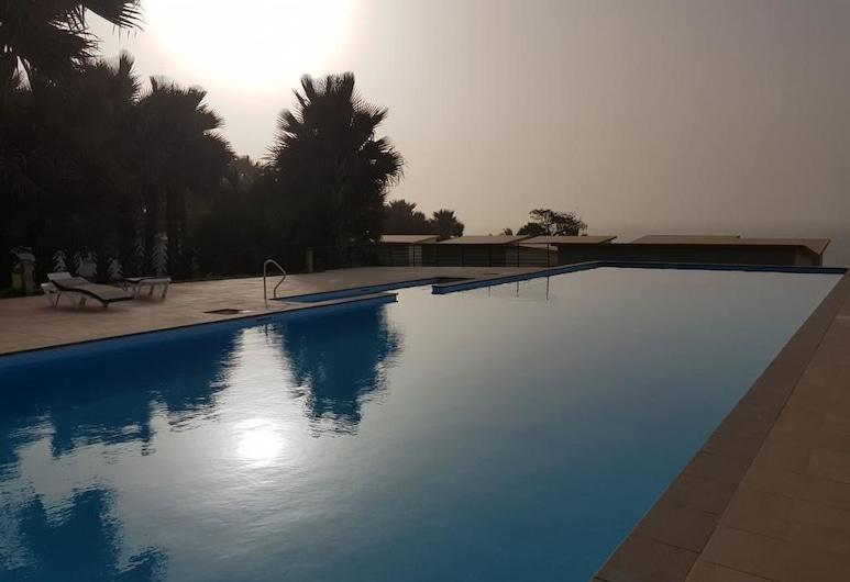 Relax waterfront serviced apartment, Serrekunda, Kolam Terbuka