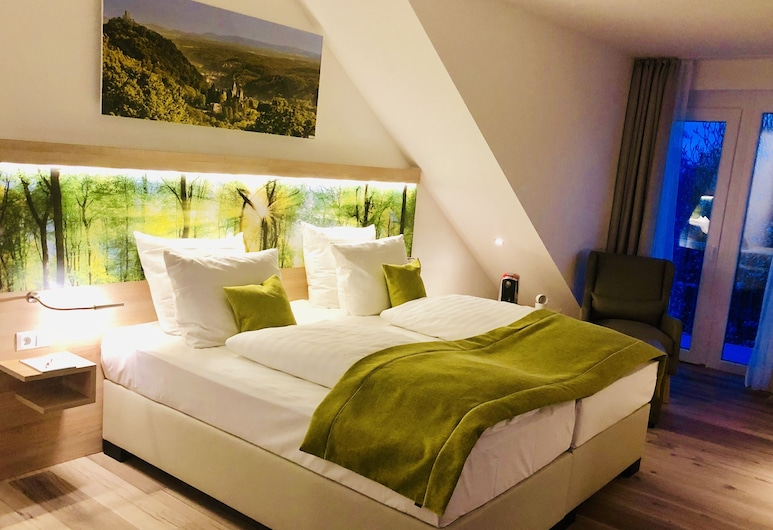 Four Stars by City Hotel, Meckenheim, Deluxe Double Room, Garden View, Guest Room