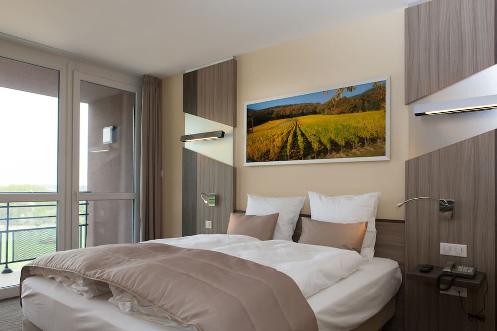 Standard Room, 1 Double or 2 Twin Beds, Balcony - Guest Room