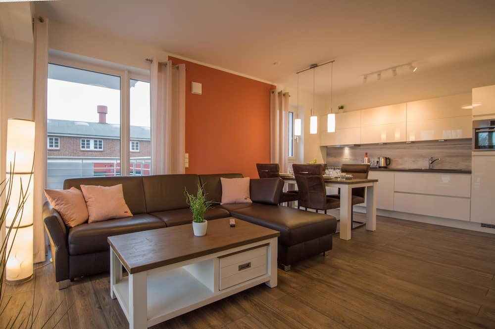 Apartment (W48, incl. end cleaning fee €63) - Living Room