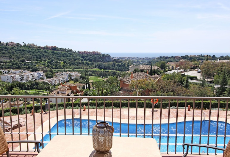 1103 Apartment, Pool, View Golf Court Los Arqueros 2 Pools, Benahavís, Departamento, 3 habitaciones, Vista desde la habitación