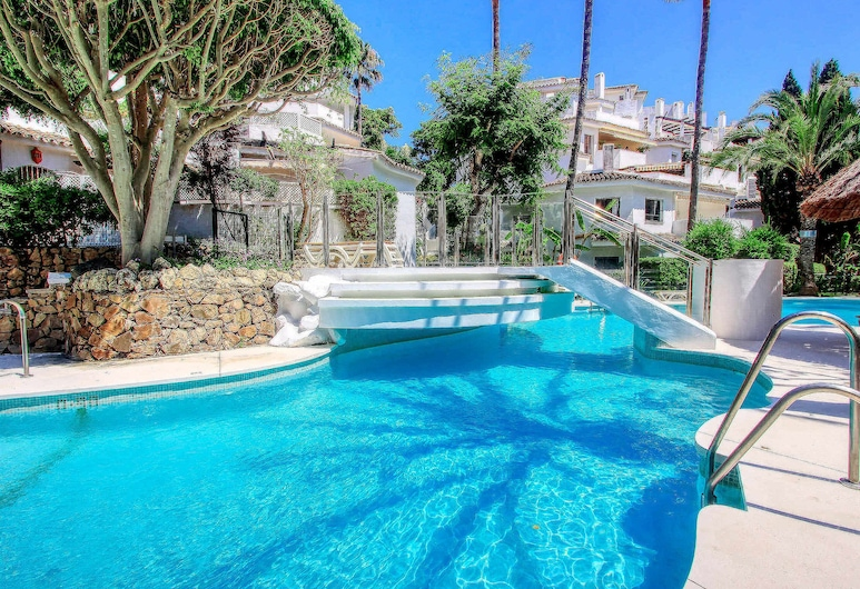 1108 Beachfront 2 Apartments With Roofterrace 80Mtr>Beach 3 Pools, Marbella, Venkovní bazén