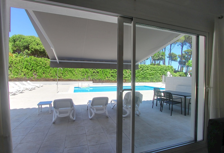 1521 Brand New Modern Apartment 100 Meters Beach 12X6 Pool Chillout, เอสเตโปนา, สระว่ายน้ำกลางแจ้ง