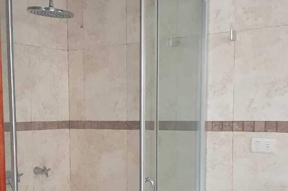 Departamento familiar - Baño para personas con discapacidad