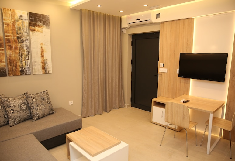 Gold Crown Apartments, Jagodina, Comfort Apartment, Living Area