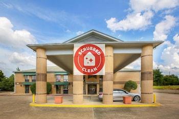 Picture of OYO Hotel Texarkana Trinity AR Hwy I-30 in Texarkana