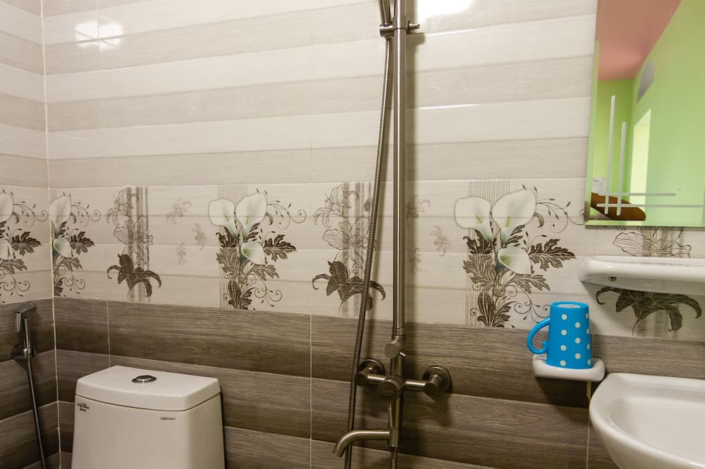ห้องสแตนดาร์ดดับเบิล, ระเบียง - ห้องน้ำ