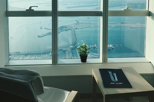 托普杜拜公寓酒店/